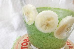 バナナと小松菜のスムージー