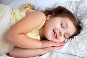 寝て美人になる女の子