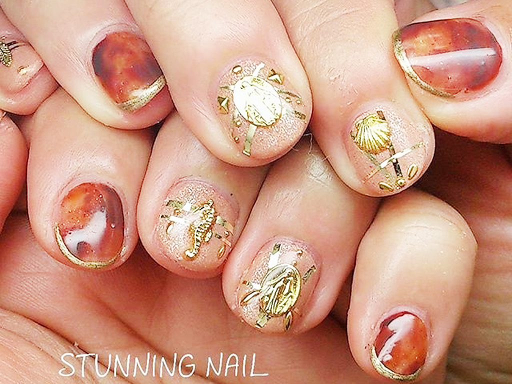 autumnnail4-gold