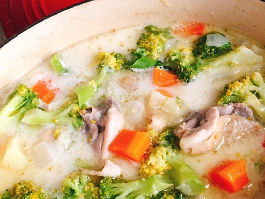 冬に美味しい鶏モモレシピ、フリカッセ